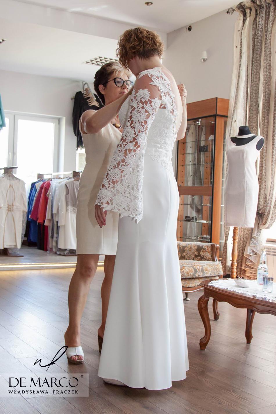 Suknia ślubna szyta na miarę u profesjonalnej krawcowej. Zakupy na wesele u polskiej projektantki mody. Sklep internetowy De Marco.