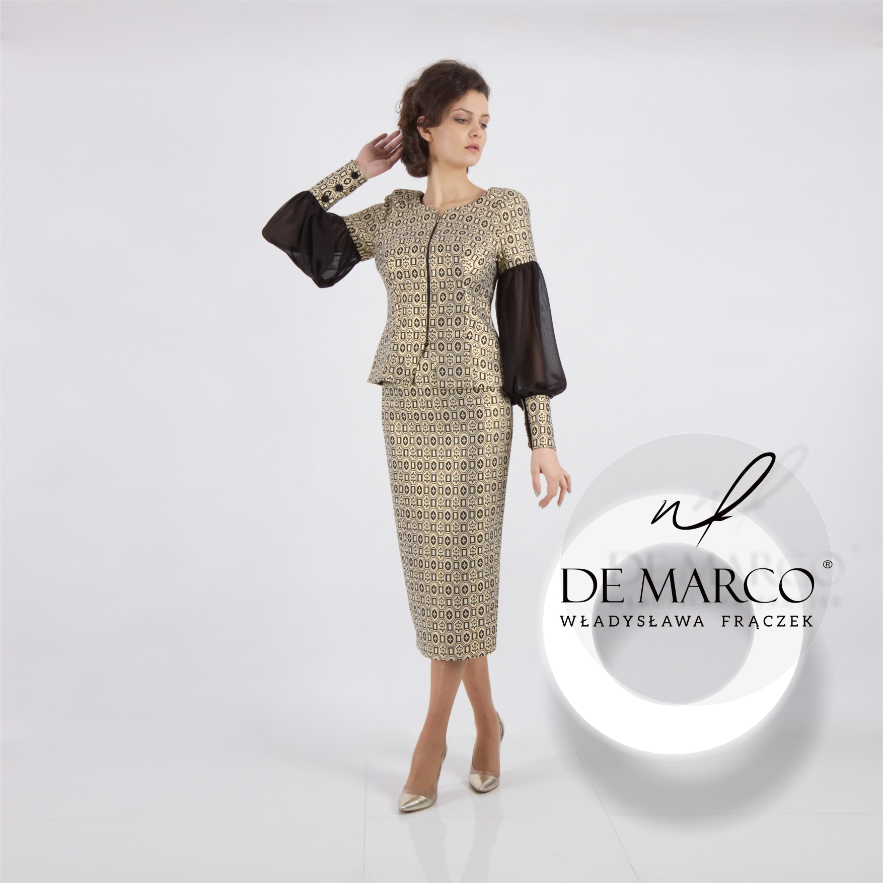 Eleganckie garsonki i kostiumy damskie szyte na miarę w każdym rozmiarze. Sklep internetowy De Marco.
