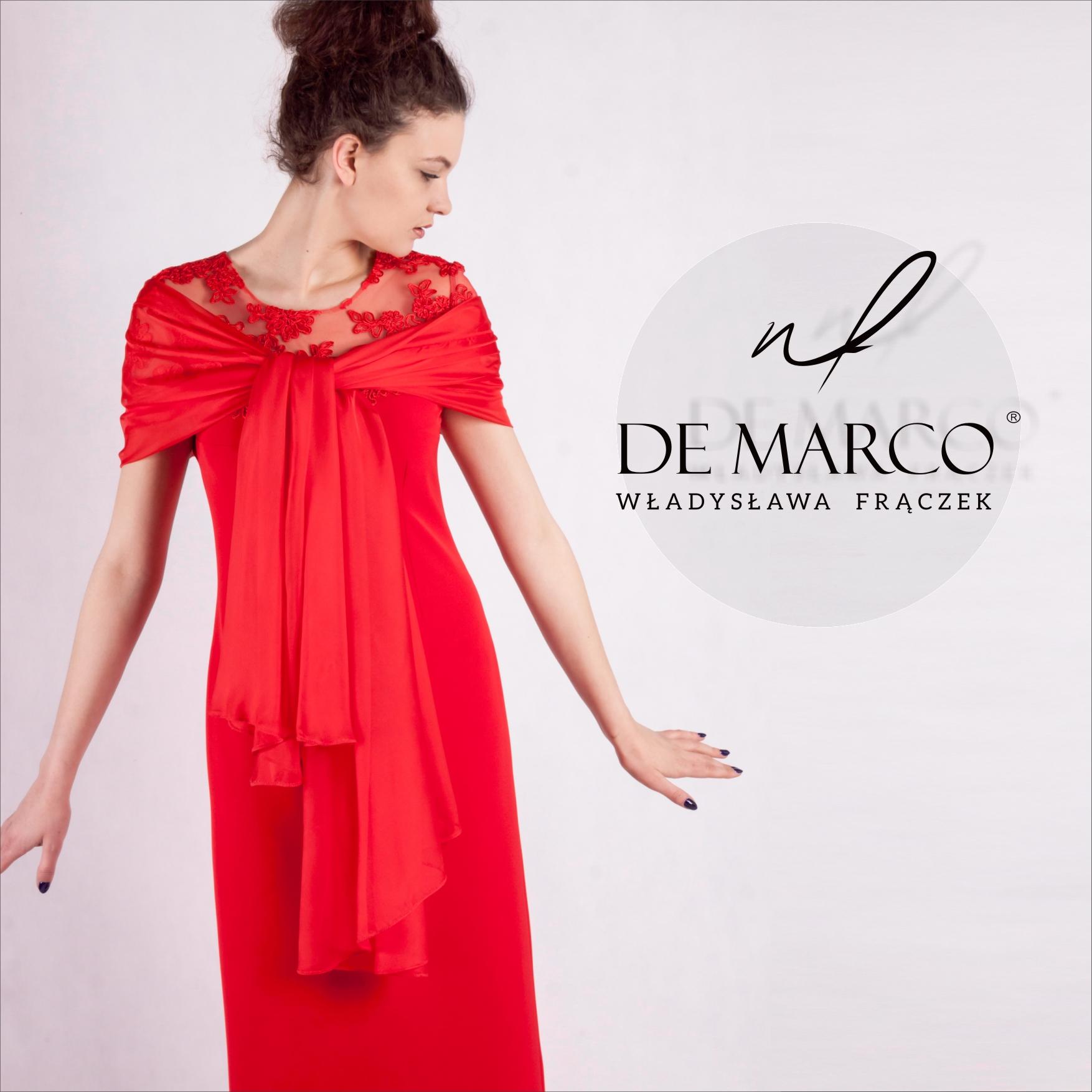 Ekskluzywne suknie dla mamy weselnej dostępne w sklepie internetowym De Marco. Długa czerwona sukienka na wesele. Szycie na miarę.